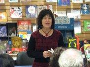 lecture de Mireille Villeneuve, autrice invitée des Laurentides. Photographie de Béatrice Lange